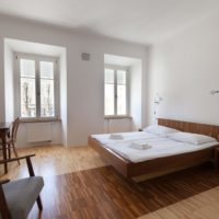 Julja&robert's Riverview Apartments and Rooms